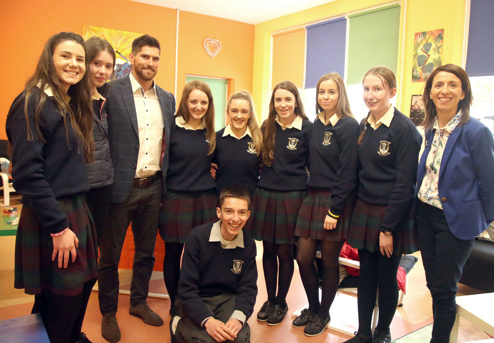Students with Ian McKinley